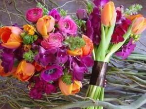 Как выбрать цветы к свадебному торжеству