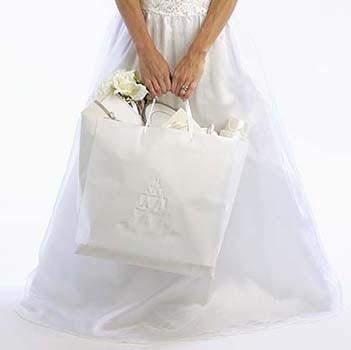 Выбор подарка на свадьбу в Одессе